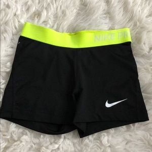 Nike Pro Dri-Fit Spandex/Shorts